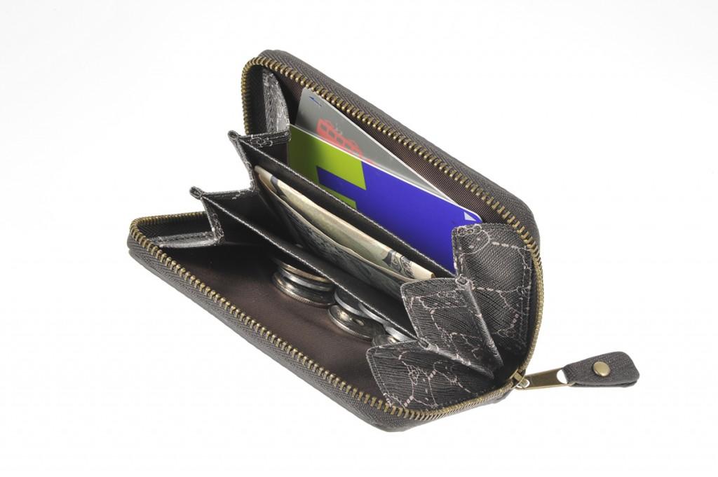 I様 財布の撮影をいたしました。