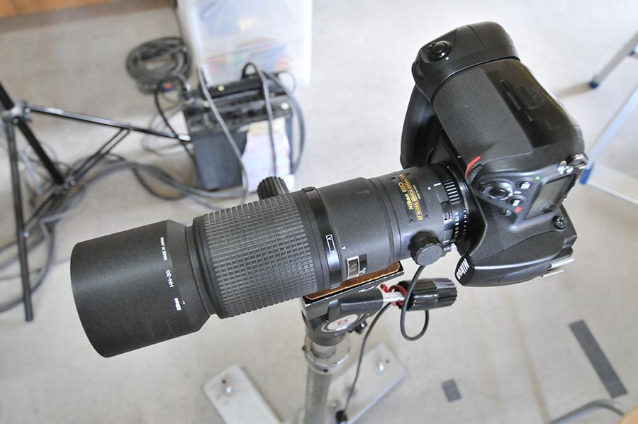 今回使用します商品撮影用の機材をご紹介いたします