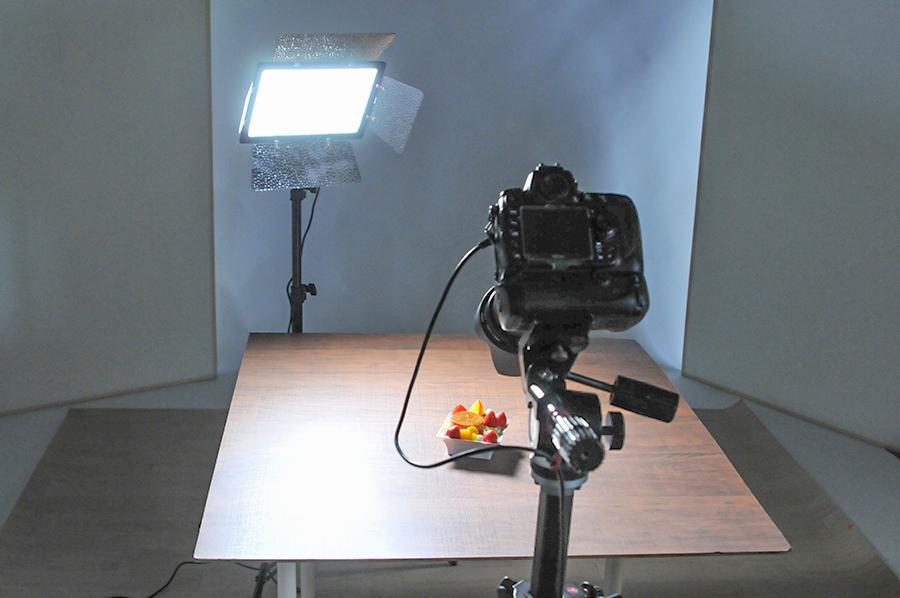 「半逆光」で照明することが商品撮影にとって重要なコツ